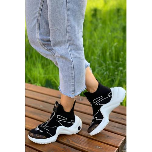 Женские брендовые кроссовки - Black / White