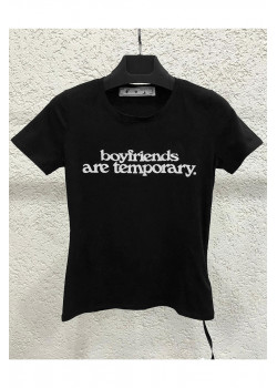 Женская чёрная футболка