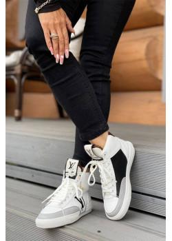 Кожаные брендовые кроссовки белого цвета