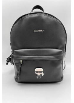Брендовый рюкзак чёрного цвета 35x30 см