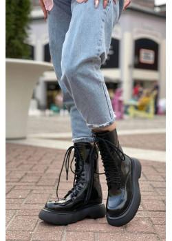 Кожаные высокие ботинки чёрного цвета