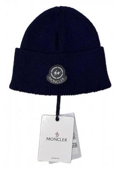 Брендовая шапка тёмно-синего цвета