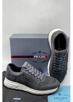 Мужские замшевые кроссовки серого цвета