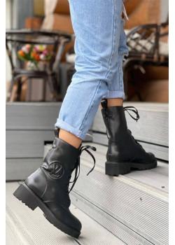 Брендовые кожаные ботинки чёрного цвета