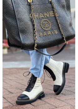 Кожаные брендовые ботинки белого цвета