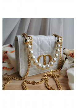 Кожаная белая сумка 19x13 см
