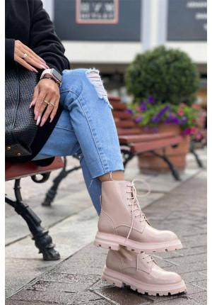 Розовые кожаные ботинки