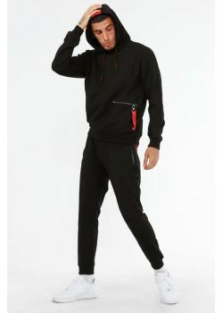 Мужской чёрный костюм