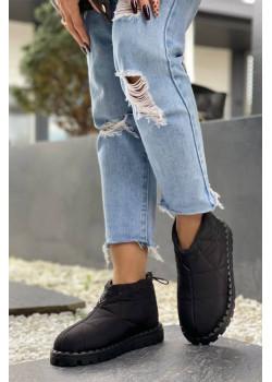 Женские стёганые ботинки чёрного цвета
