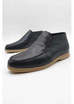 Классические зимние ботинки чёрного цвета