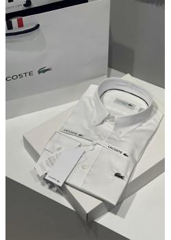Мужская классическая рубашка белого цвета