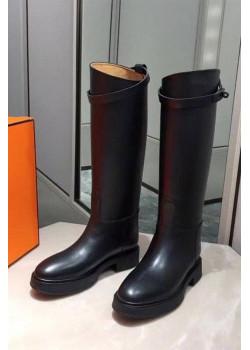 Женские кожаные сапоги чёрного цвета