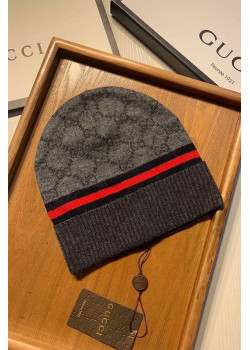 Брендовая шапка - Grey / Red / Blue