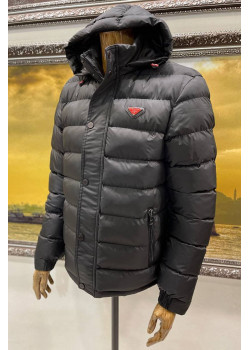 Классическая мужская куртка чёрного цвета