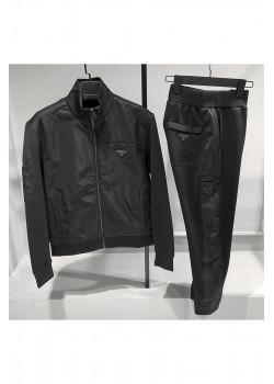 Классический мужской костюм чёрного цвета